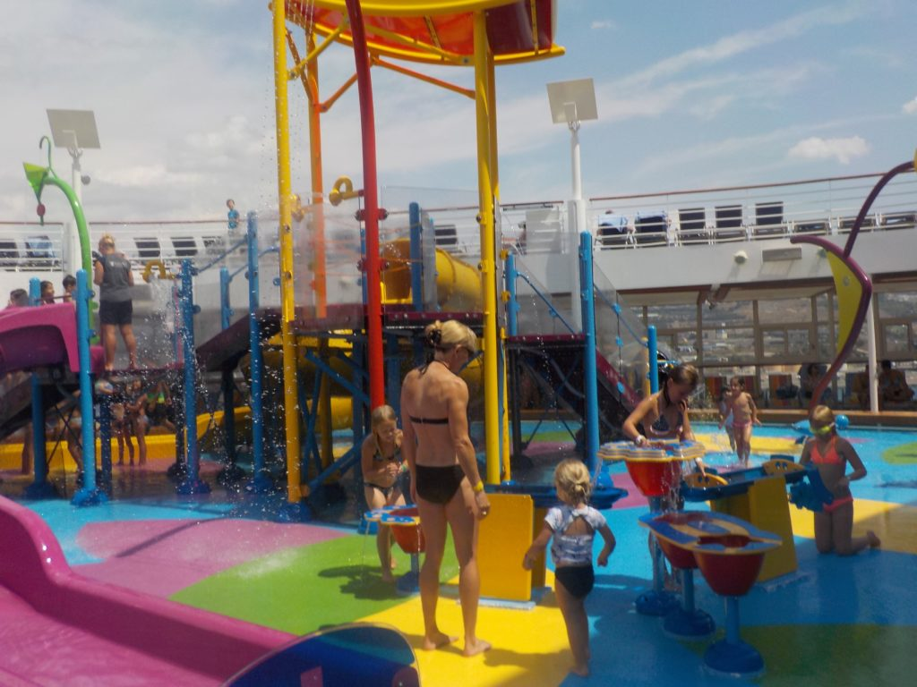 Waterpark activities on Harmony of the seas