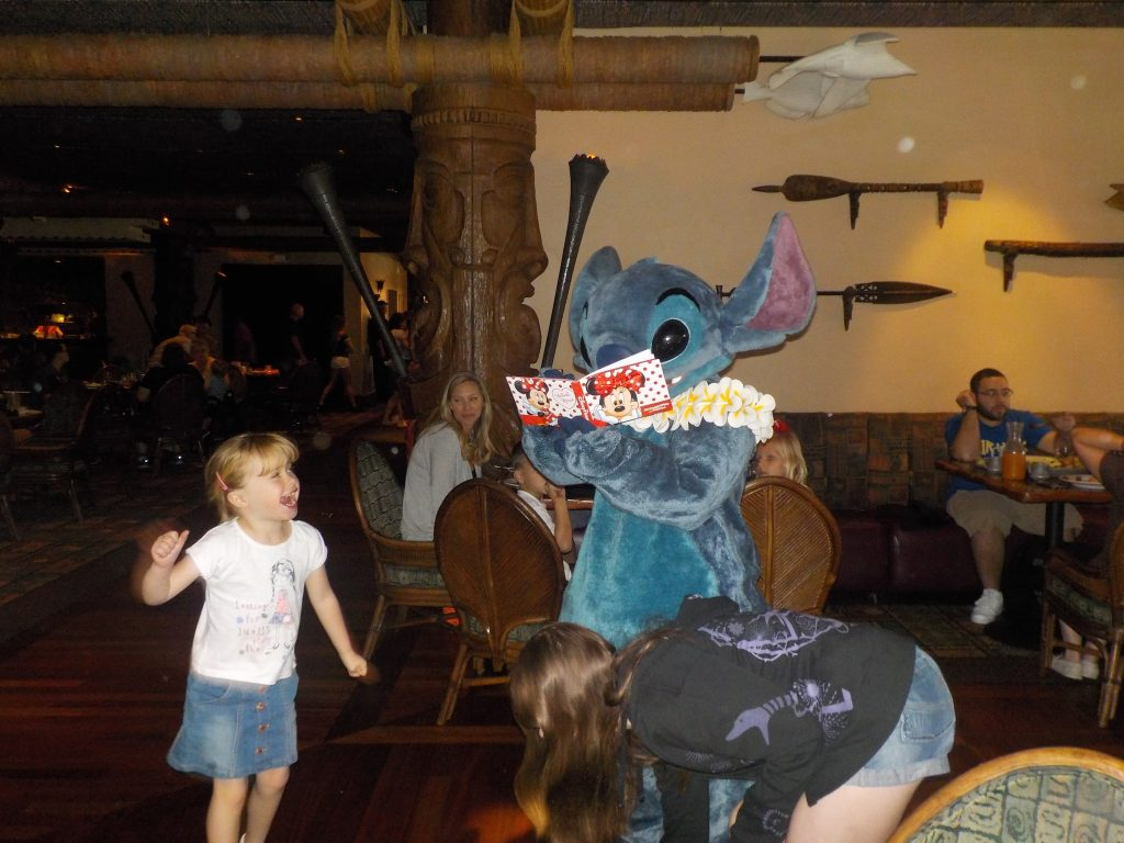 Ohana Best Friend Breakfast at Disney's Polynesian Village Resort meeting Mickey Mouse, stitch and friends