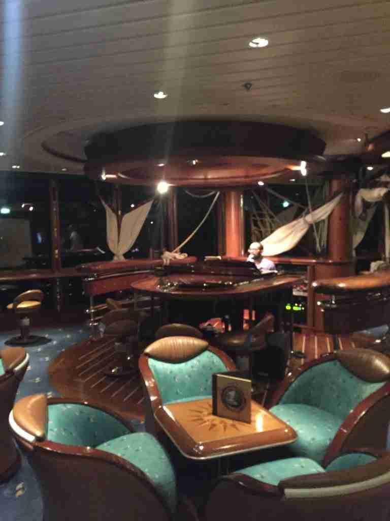 Schooner bar Jewel of the Seas
