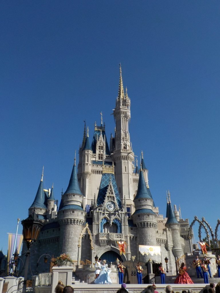 magic kingdom for beginners cinderella castle
