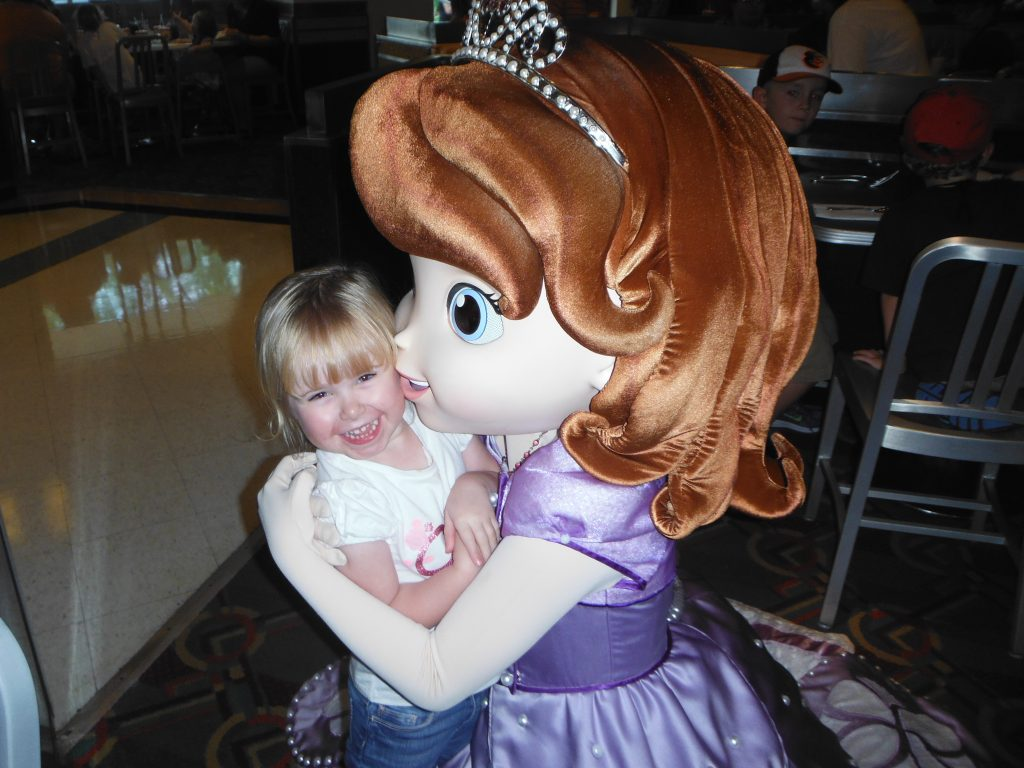 Meeting Princess Sofia Disney Junior Play 'n Dine