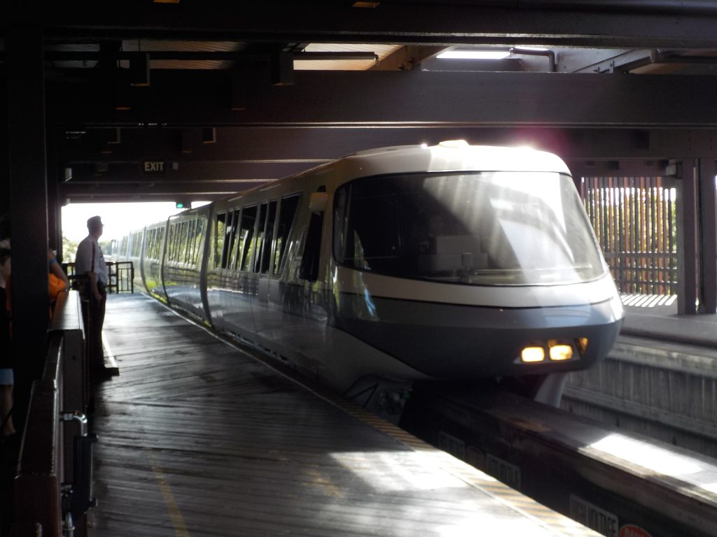 Guide to Walt Disney World Transport Monorail