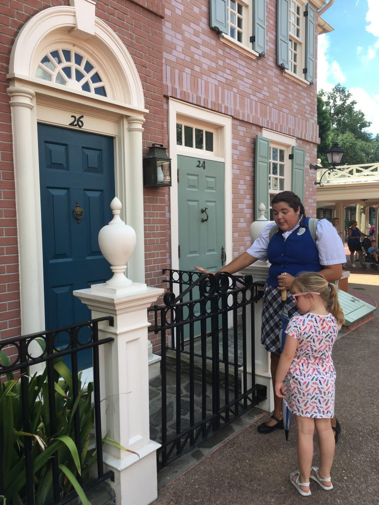 Family Magic Tour Fun at Liberty Square Guide to The Magic Kingdom