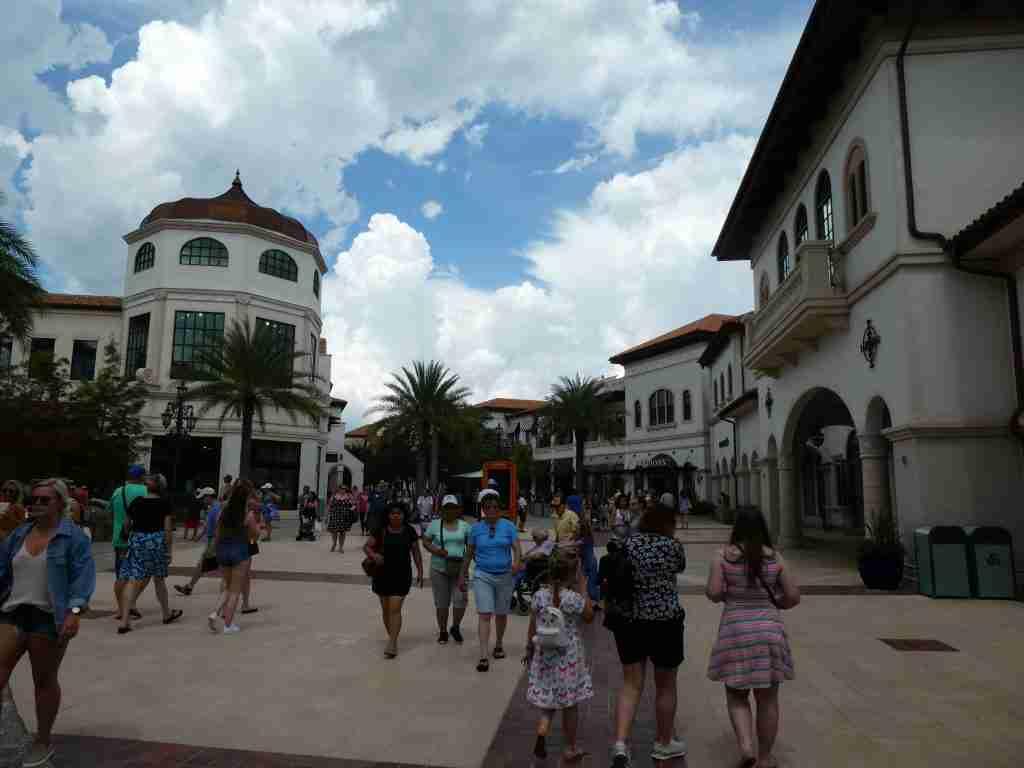 Guide to Disney Springs