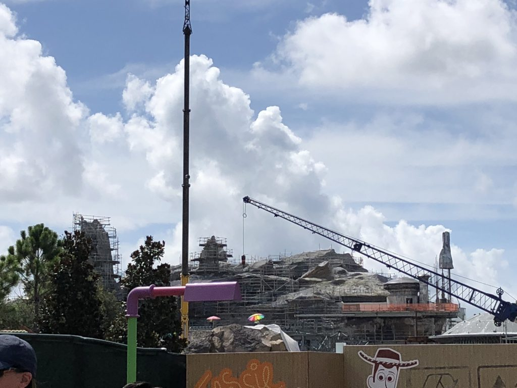 Walt Disney World News August 2018 Star Wars Galaxy Edge Construction Update