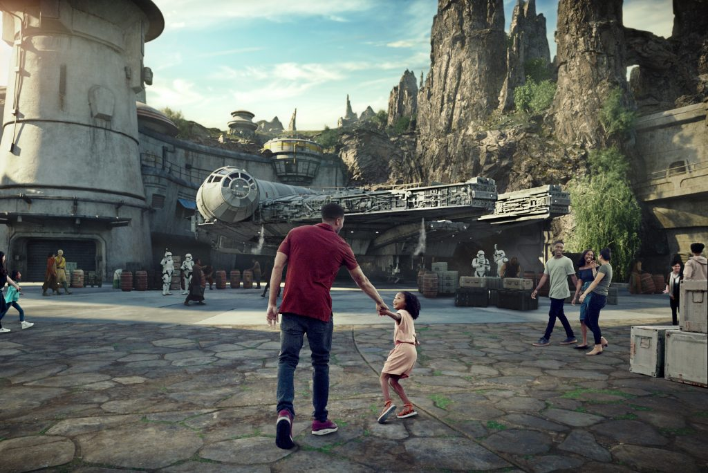 Star Wars: Galaxy's Edge Opening August 2019