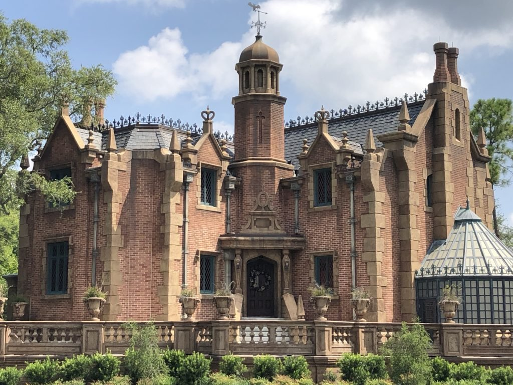 The Haunted Mansion Guide to Walt Disney World 2020
