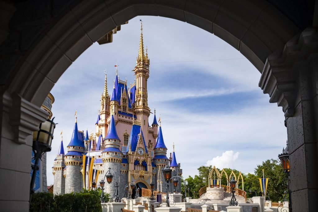 2021 Ultimate Guide to Walt Disney World for Beginners